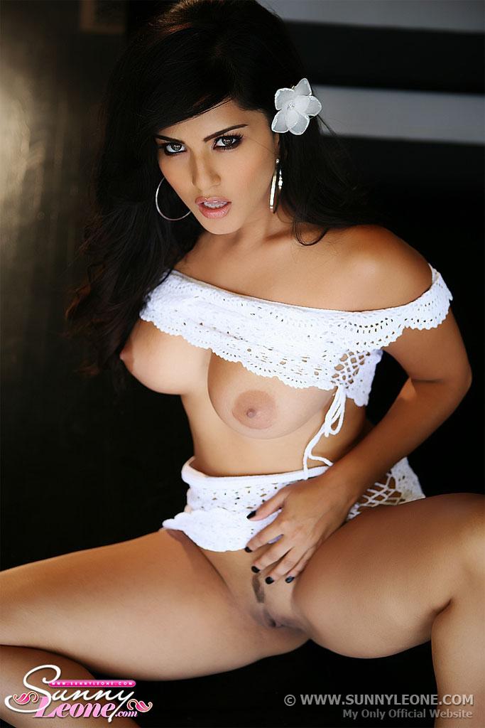 sunny-leone-porn-star
