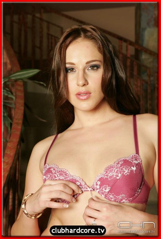 Lauren Phoenix Porn 4